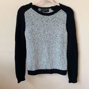 Rag & Bone gray and black wool raglan sweater #169